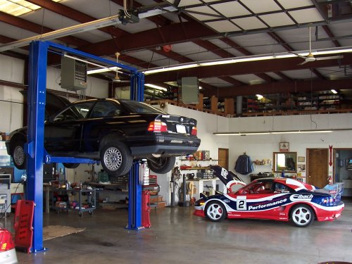 Motor Mechanics / Garages
